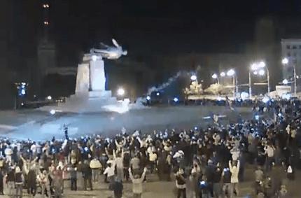 The dismantling of the monument to Lenin in Kharkiv