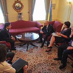 Ukrainian PM Arseniy Yatsenyuk set out for USA with working visit