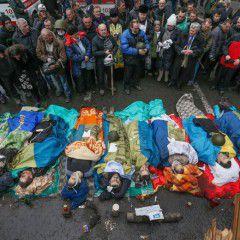 Third anniversary of EuroMaidan massacre: Ukraine honors memory of Heavenly Hundred Heroes
