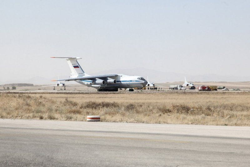 Russia deploys jets at Iranian Airbase_UaPositon (1)