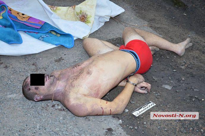 Ukraine police beat a man to death (7)