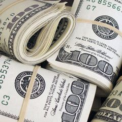 Ukrainians in Feb sell $86 mln more currency than purchase