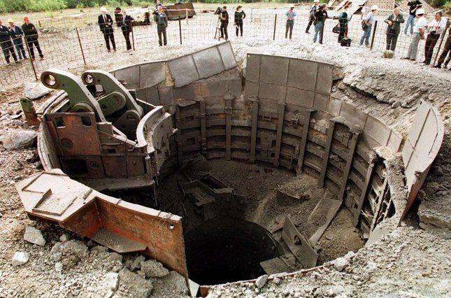 Ukraine: destroyed missile launch facility