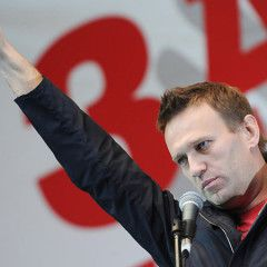 Russian opposition`s Navalny says will hold referendum on Crimea if elected president