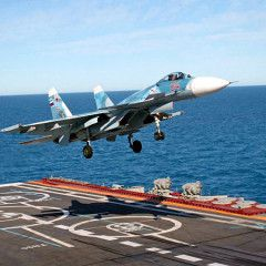 Russian Kuznetsov carrier reportedly sees failed landing of Su-33