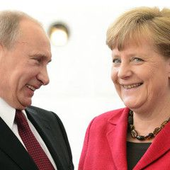 Merkel, Putin to discuss G20, Syria, Ukraine in Sochi on Tuesday – media