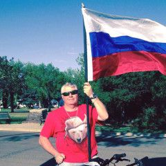 """Putin`s fan shot by Canadian police after trying to attack a policeman with a knife. His last Facebook post: """"Russia will defeat everybody!"""""""